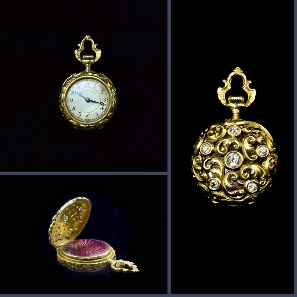 Pendantief horloge Neorenaissance