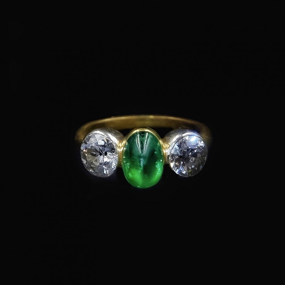 Cabochon smaragd ring, Wenen