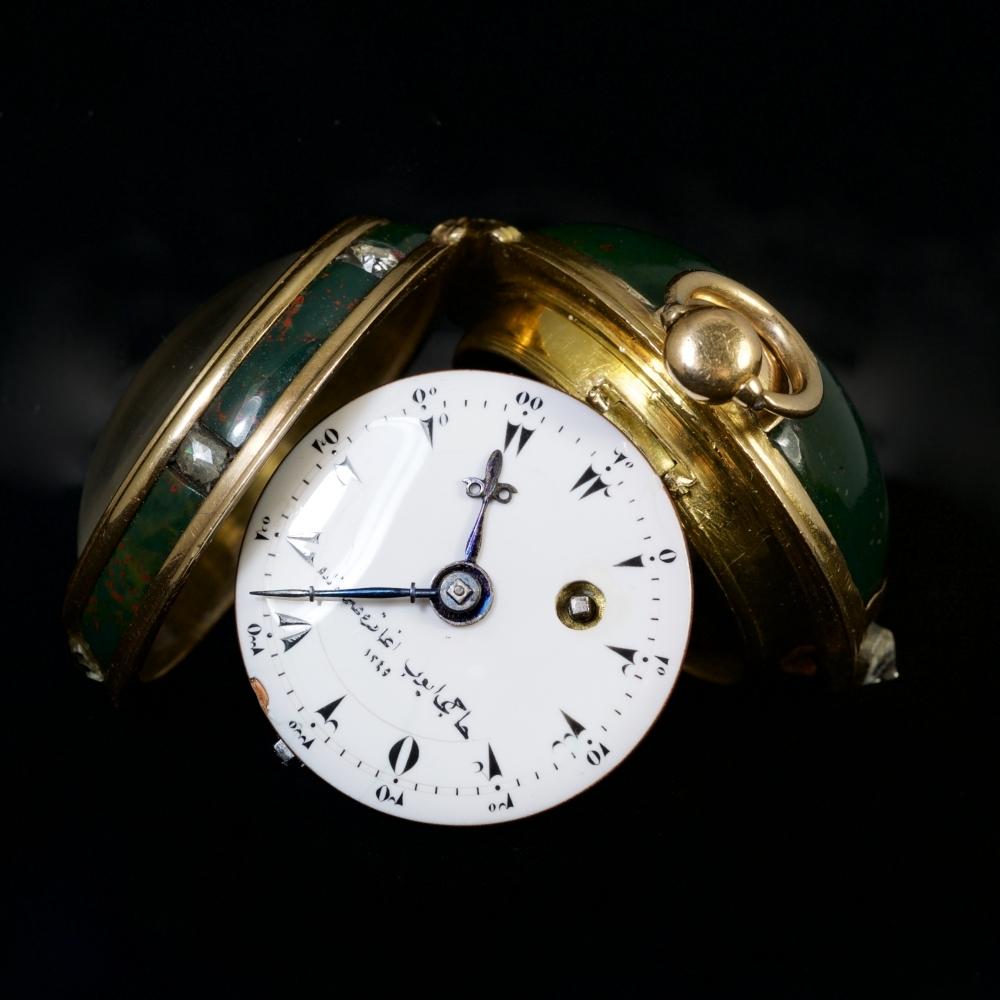 Miniatuur jaspis horloge