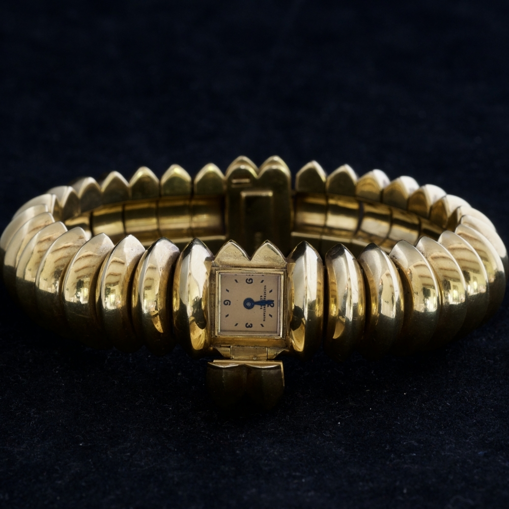 Gouden armbandhorloge handopwinding