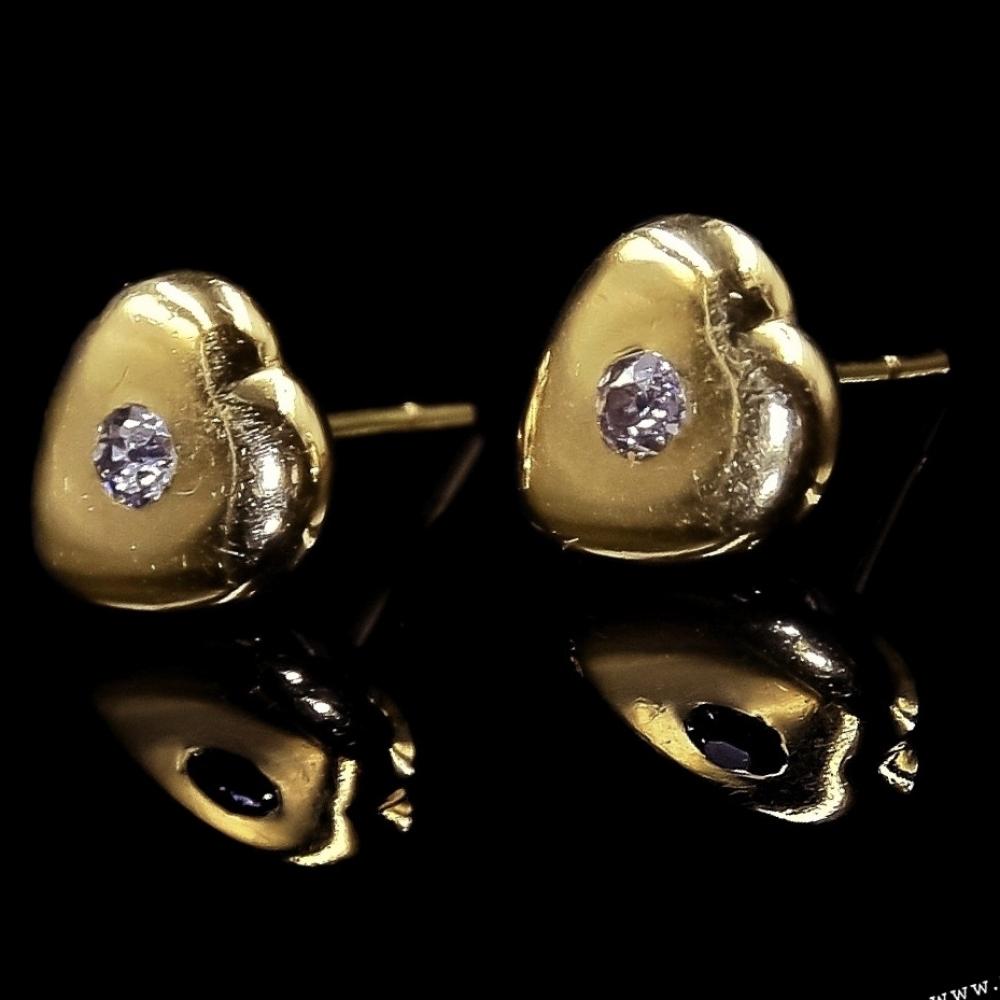 Hartjes oorbellen met diamant
