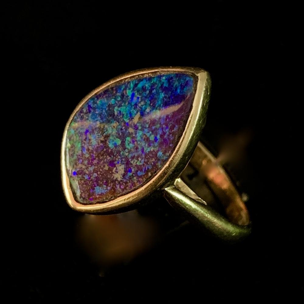 Zwarte opaal ring