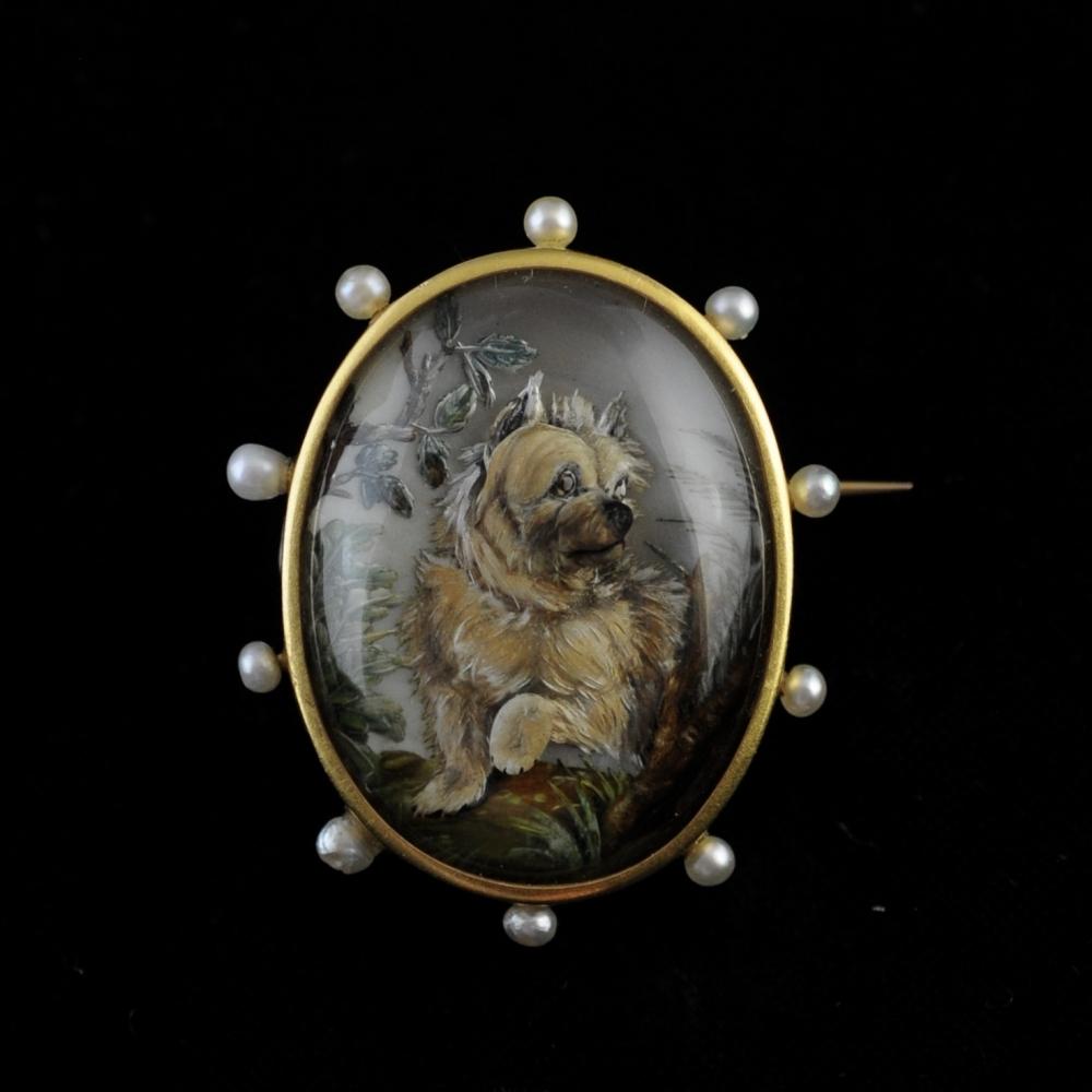 Franse broche van bergkristal met Yorkshire terrier (Essex crystal)