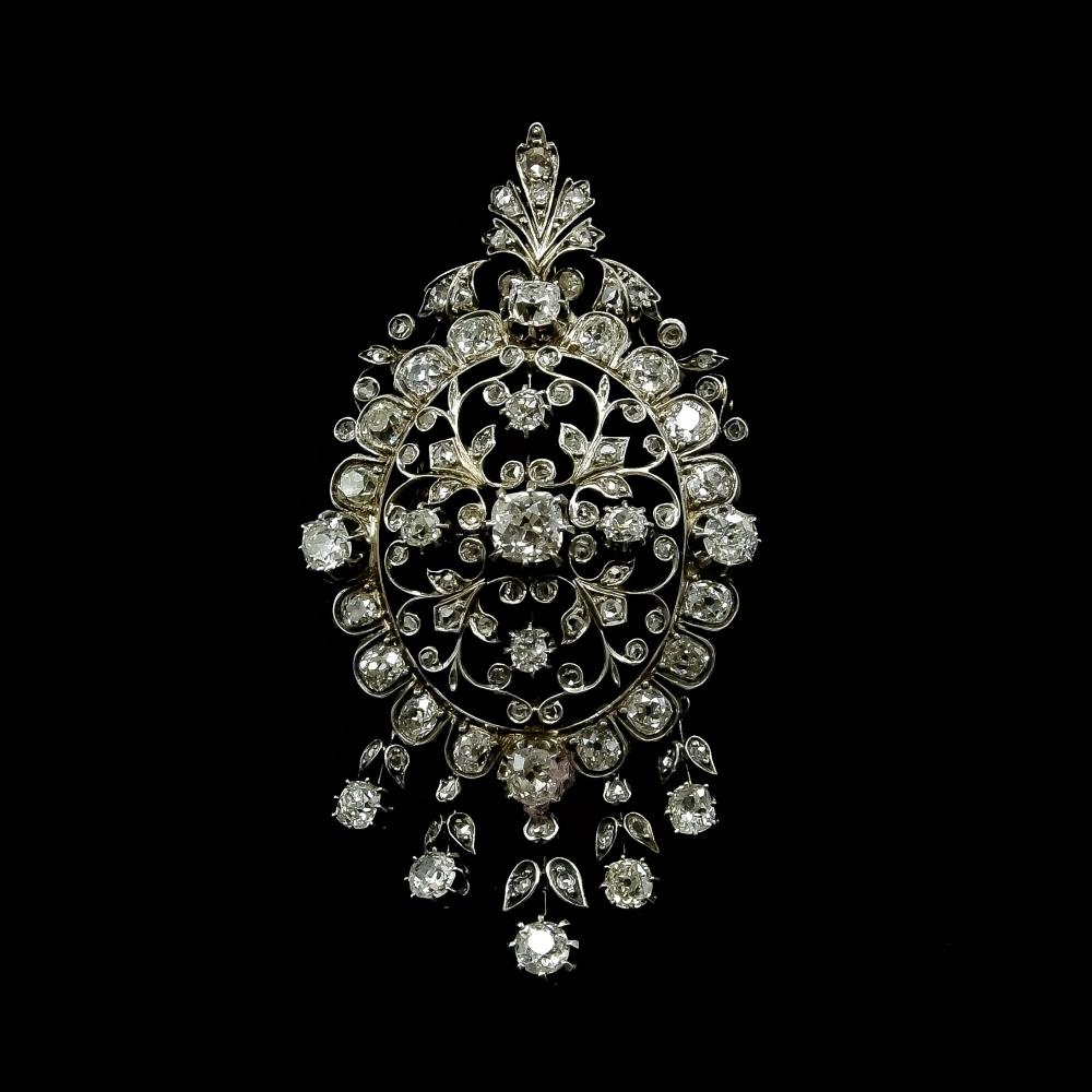 Imposante diamanten hanger/broche