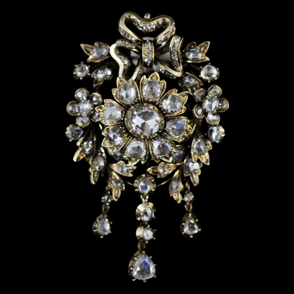 Diamanten strikbroche