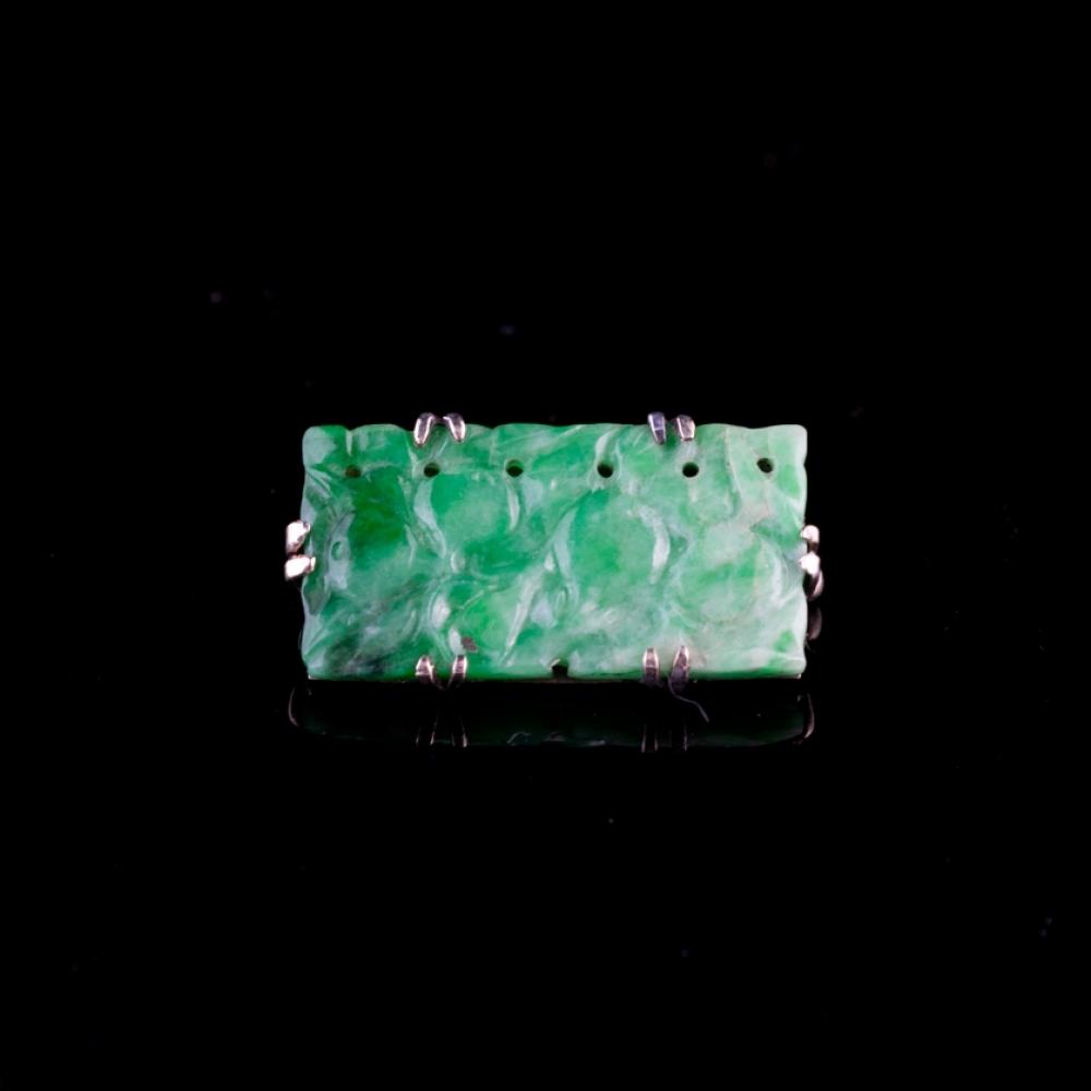 Antieke broche met jade