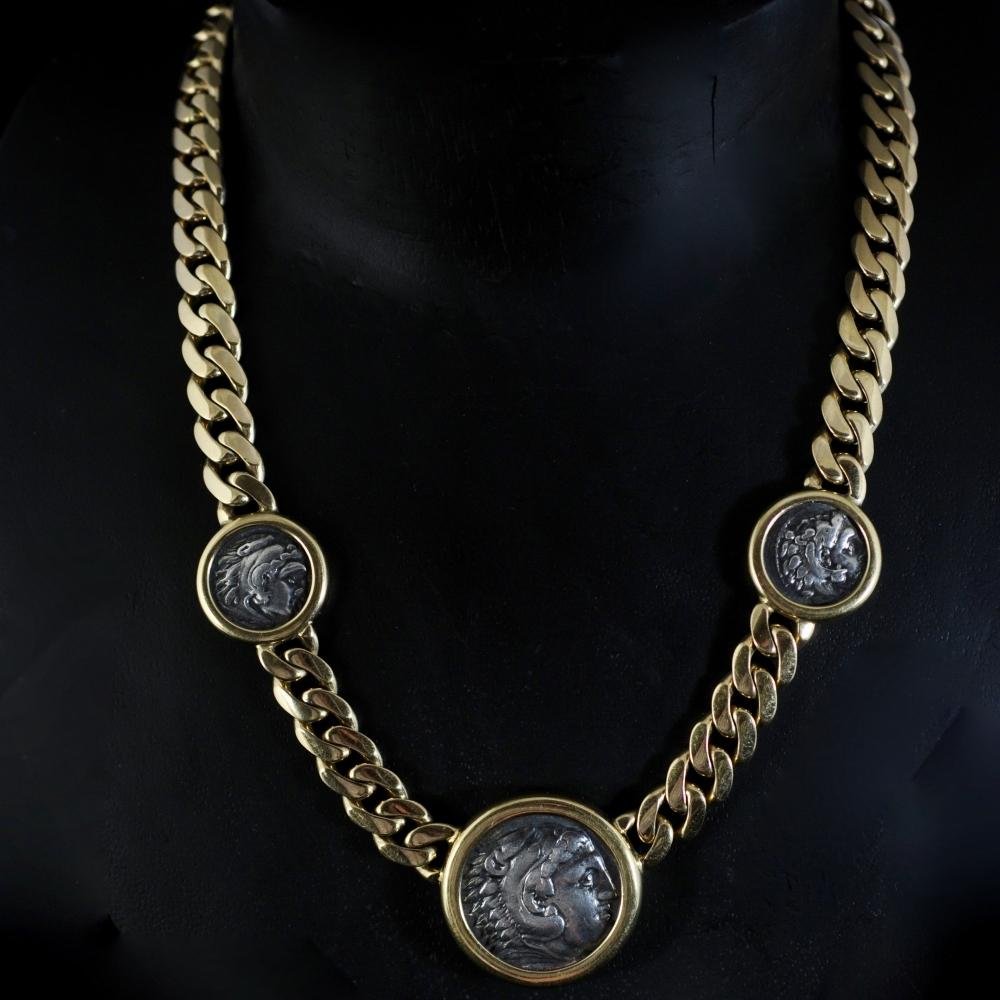 Moneta collier
