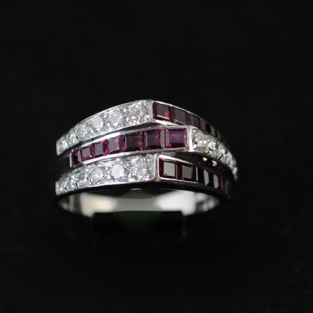 Ring veertigerjaren robijn diamant