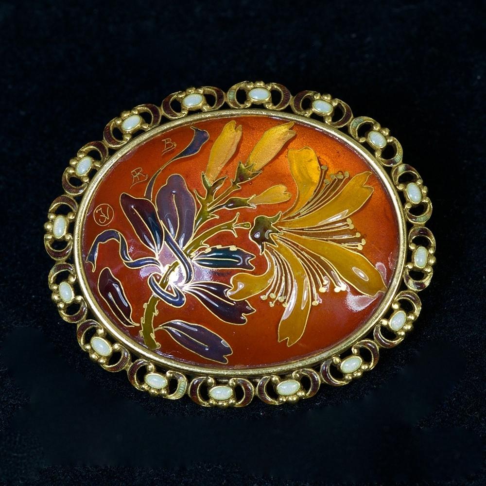Some exceptional Art Nouveau jewels