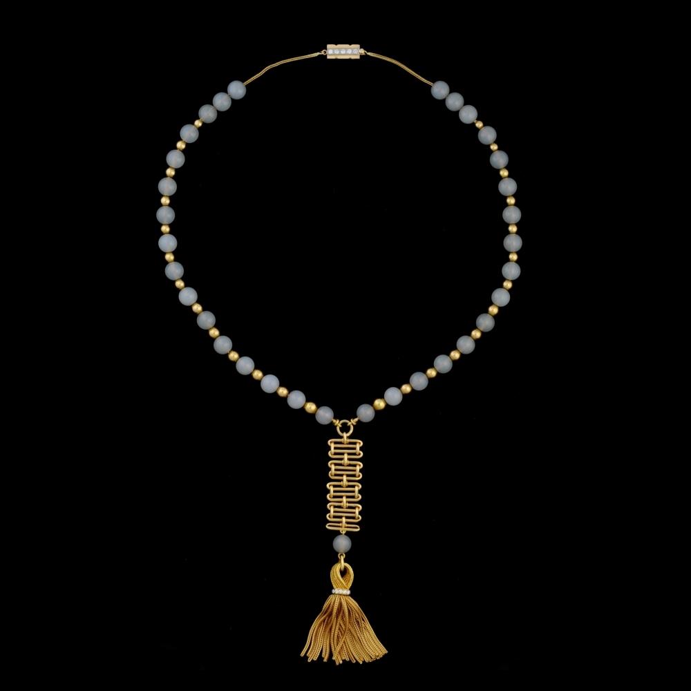 Goud en chalcedoon collier