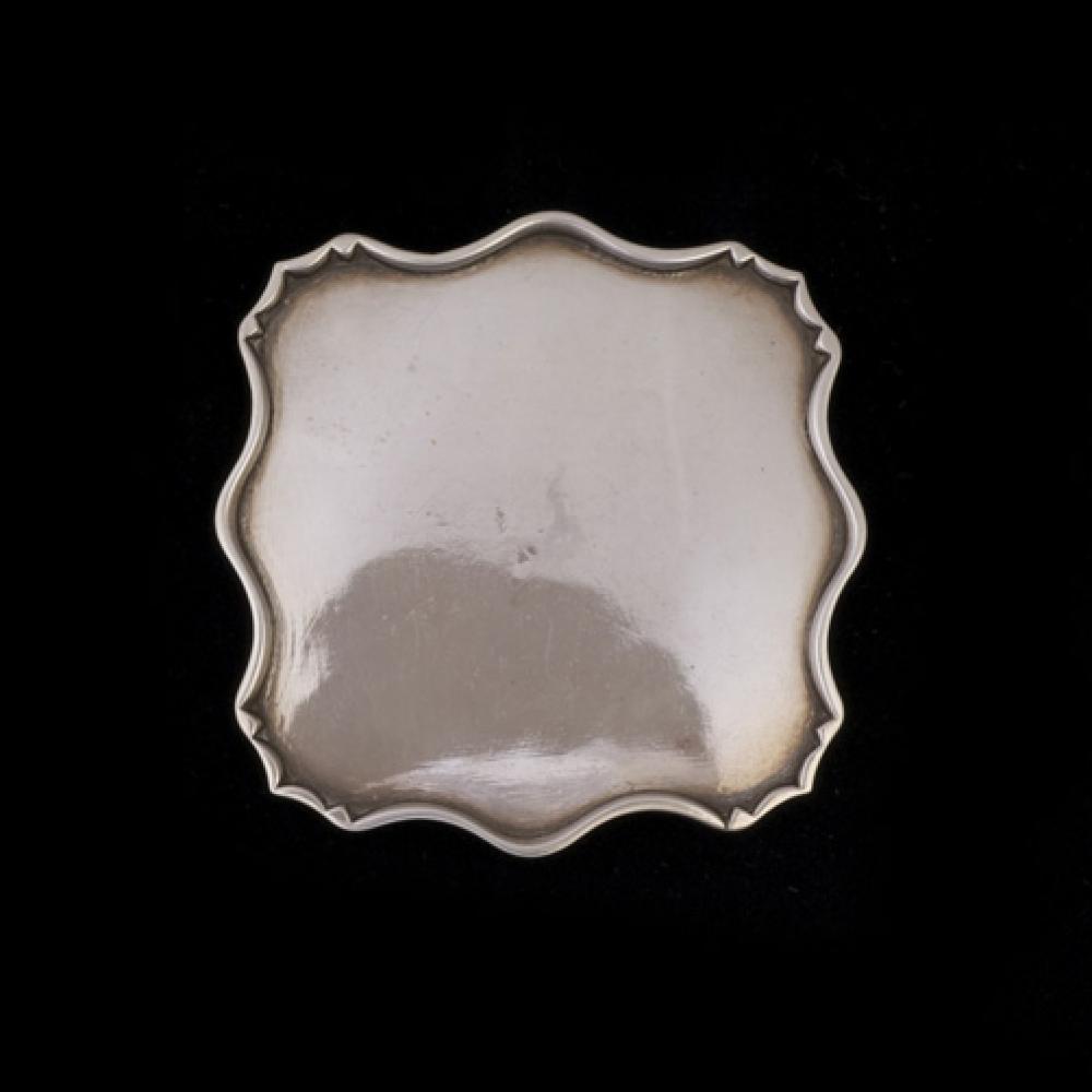 Miniatuur zilveren cabaret