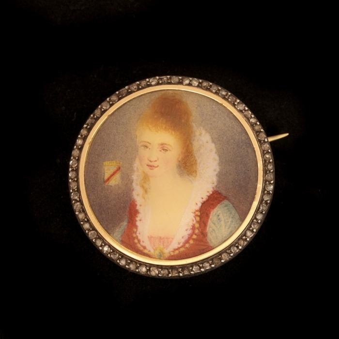Antieke broche met portret miniatuur