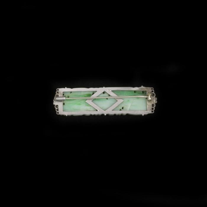 Art Deco jade broche