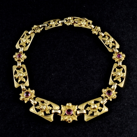 Necklace/bracelet with rubies