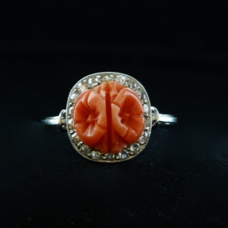 Coral ring Art Deco
