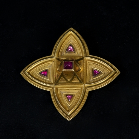 Etruscan revival brooch