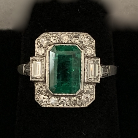 Emerald Art Deco ring