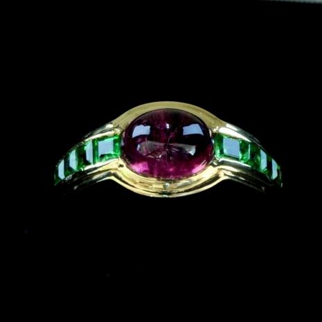 Demantoid and Turmalin Ring
