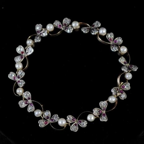 Three leaf clover bracelet