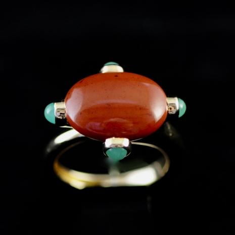Jasper and chrysoprase ring