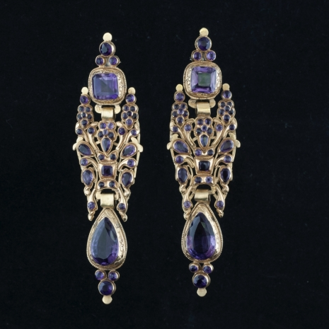 Portugese earrings with amethyst