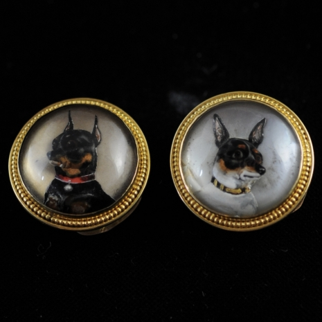 Buttons of rock crystal with miniature pinscher and chihuahua (Essex crystal)