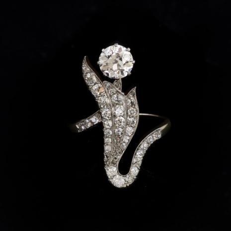 Jugendstil diamond flower ring