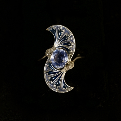 Platinum Art Nouveau ring
