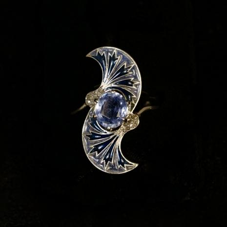 Platinum Art Nouveau ring