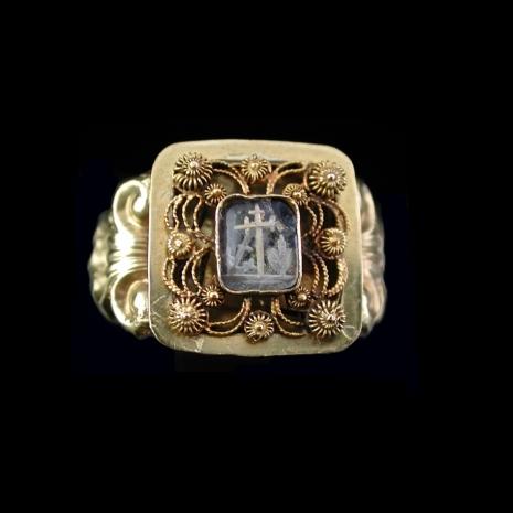 Antique Dutch gold ring