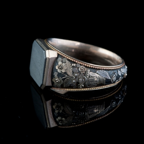 Antique ring Louis XVI