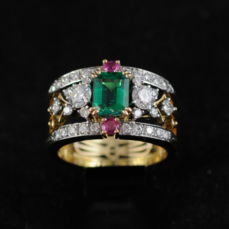 Double Band Ring Emerald
