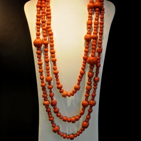 Coral necklace Tony Duquette (length: 8.5 feet)
