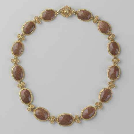 Rijksmuseum acquires antique goldstone necklace from Dekker Antiquairs